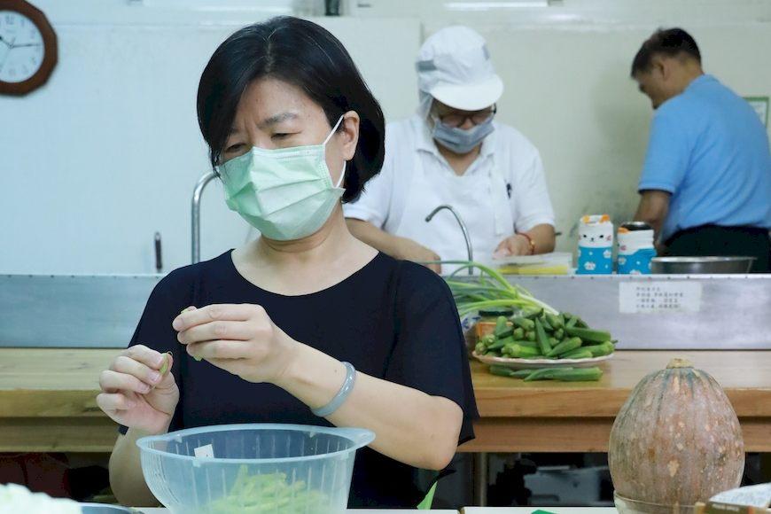 合作社社員使用友善環境的食材共煮共食,滿足許多社員的需求。(圖為大直站共食)共煮。共食。主婦聯盟。雙和站。