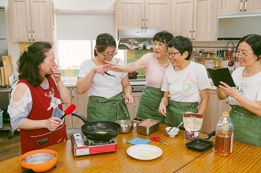 共煮,主婦聯盟生活消費合作社