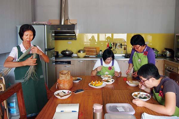 201612_新竹分社廚房-(1)